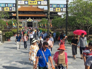Vietnam builds tourist criteria to ensure safety for visitors