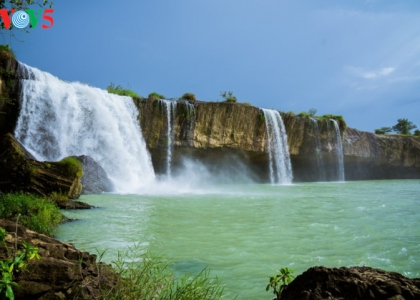 The beauty of waterfall in Dak Lak province
