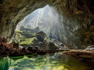 Tour to world's largest cave of Son Doong to run until 2030