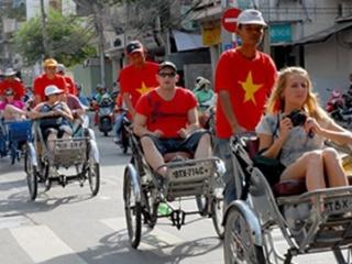 Viet Nam needs to position itself safe tourism paradise: experts