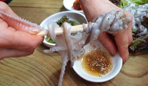 Những món ăn… dễ tử vong ở Hàn Quốc