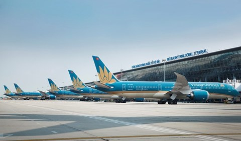 VN considers reopening of international flight routes