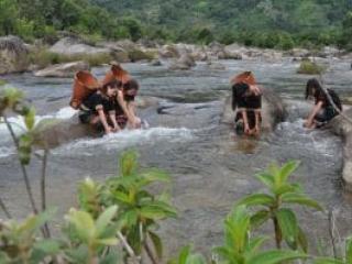"""""""Cú hích"""" cho du lịch Krông Bông bứt phá"""